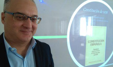 ESPECIAL 40 ANIVERSARIO DE LA CONSTITUCIÓN ESPAÑOLA (1978-2018): Sergio Negrín, periodista tinerfeño, entrevistado por LA TIZA MENSAJERA