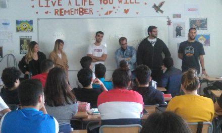 Varios antiguos alumnos del Colegio Virgen del Mar ofrecen a 4º ESO y Bachillerato una charla sobre vocaciones y futuro profesional