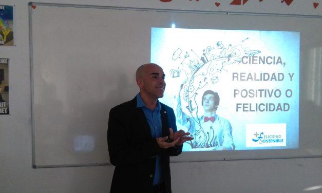 """José Juan Rivero, psicólogo especializado en Psicología Positiva: """"Tenemos que aprender a entender que la vida es un aprendizaje constante"""""""