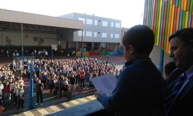 Especial Día del Libro 2019: Los alumnos de Primaria y Secundaria leen poemas esta semana para todo el Colegio