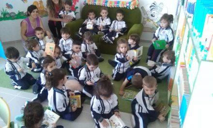 Los más pequeños, Guardería, celebran la «Semana del Libro» en la Biblioteca