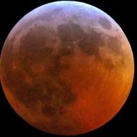 Un meteorito se estrella con la Luna durante el Eclipse