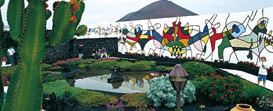 Especial César Manrique, 100 años: Convivencia entre turismo y naturaleza. Por Ismael González y Andrea Navarro, alumnos de 1º de Bachillerato-Filosofía