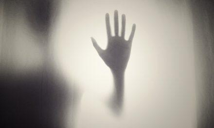 Microrrelatos de terror: Un canto ensordecedor…