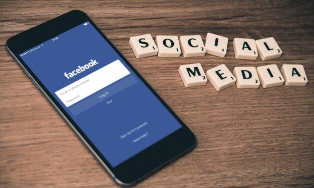 Las redes sociales caen